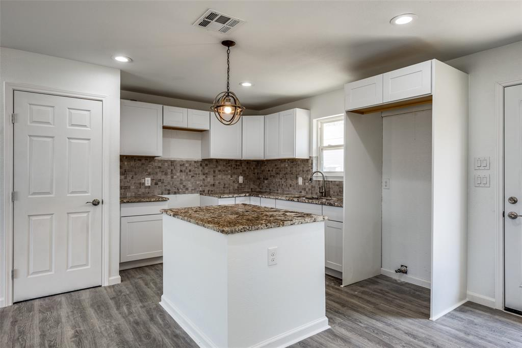 8746 Aldwick Drive, Dallas, Texas 75238 - acquisto real estate best listing listing agent in texas shana acquisto rich person realtor