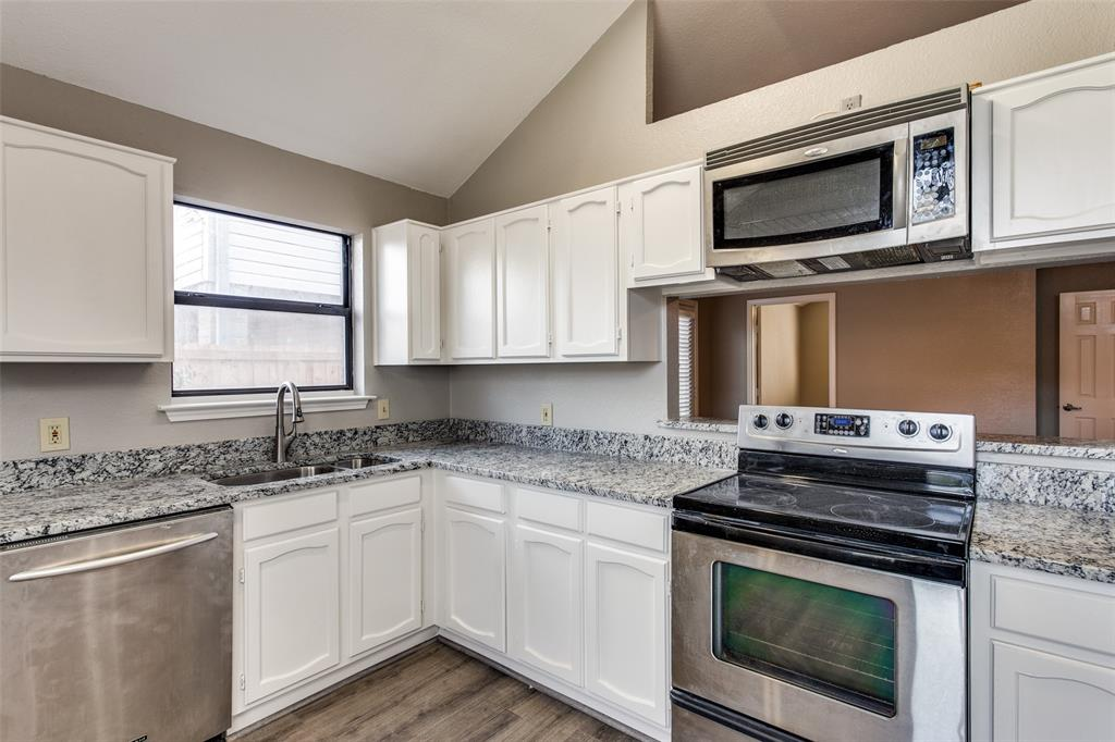 1725 Woodhall Way, Fort Worth, Texas 76134 - acquisto real estate best luxury buyers agent in texas shana acquisto inheritance realtor
