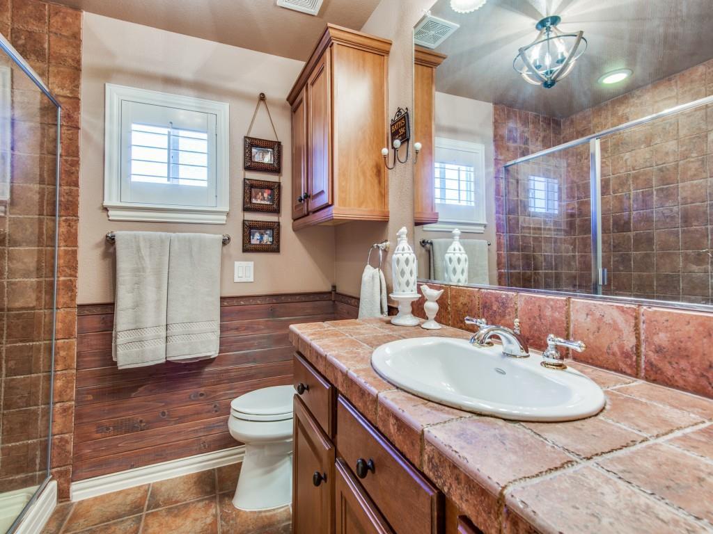 9005 Crestview Drive, Denton, Texas 76207 - acquisto real estate best negotiating realtor linda miller declutter realtor