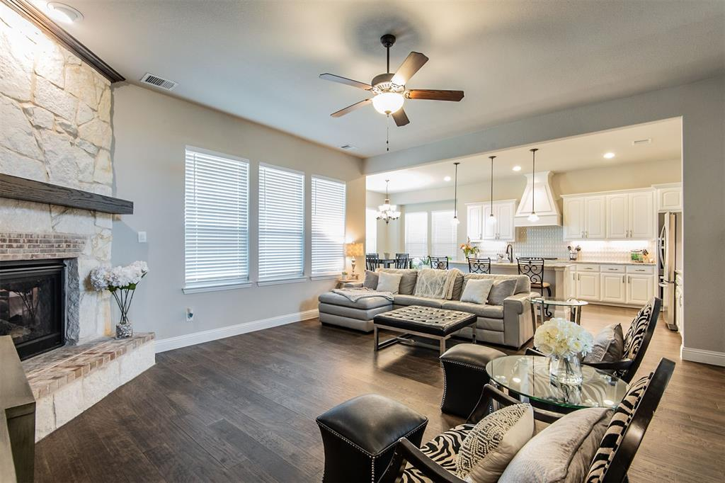 1917 Middleton Drive, Mansfield, Texas 76063 - acquisto real estate best the colony realtor linda miller the bridges real estate
