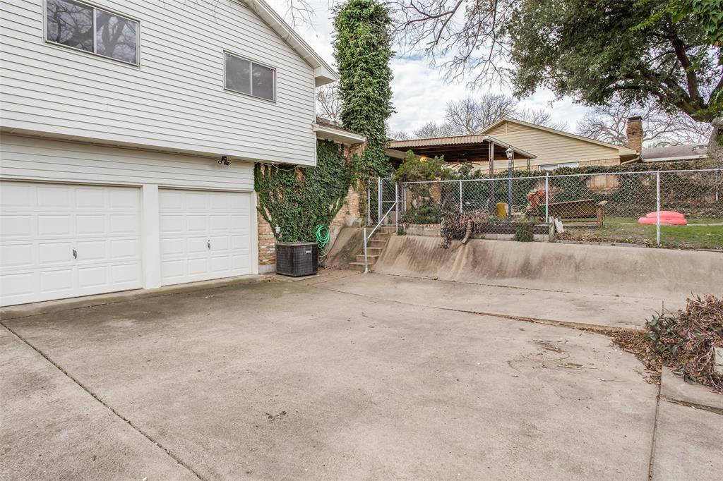 3843 Rugged  Circle, Dallas, Texas 75224 - acquisto real estate best realtor foreclosure real estate mike shepeherd walnut grove realtor