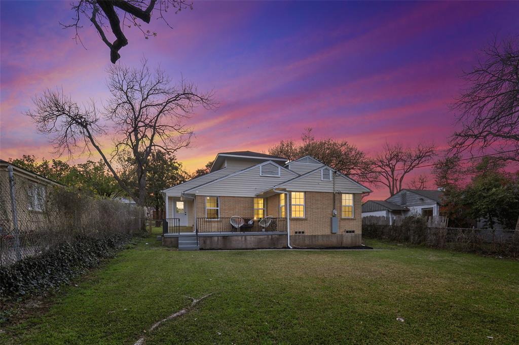 418 Montreal Avenue, Dallas, Texas 75208 - acquisto real estate best photo company frisco 3d listings