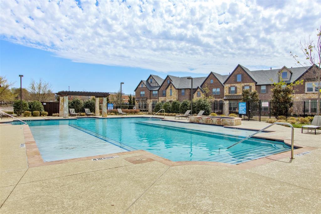 4670 Rhett Lane, Carrollton, Texas 75010 - acquisto real estate best investor home specialist mike shepherd relocation expert