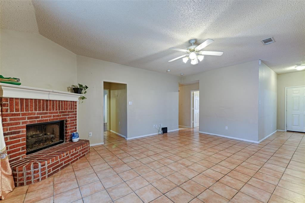 1512 Doris  Drive, Mesquite, Texas 75149 - acquisto real estate best prosper realtor susan cancemi windfarms realtor