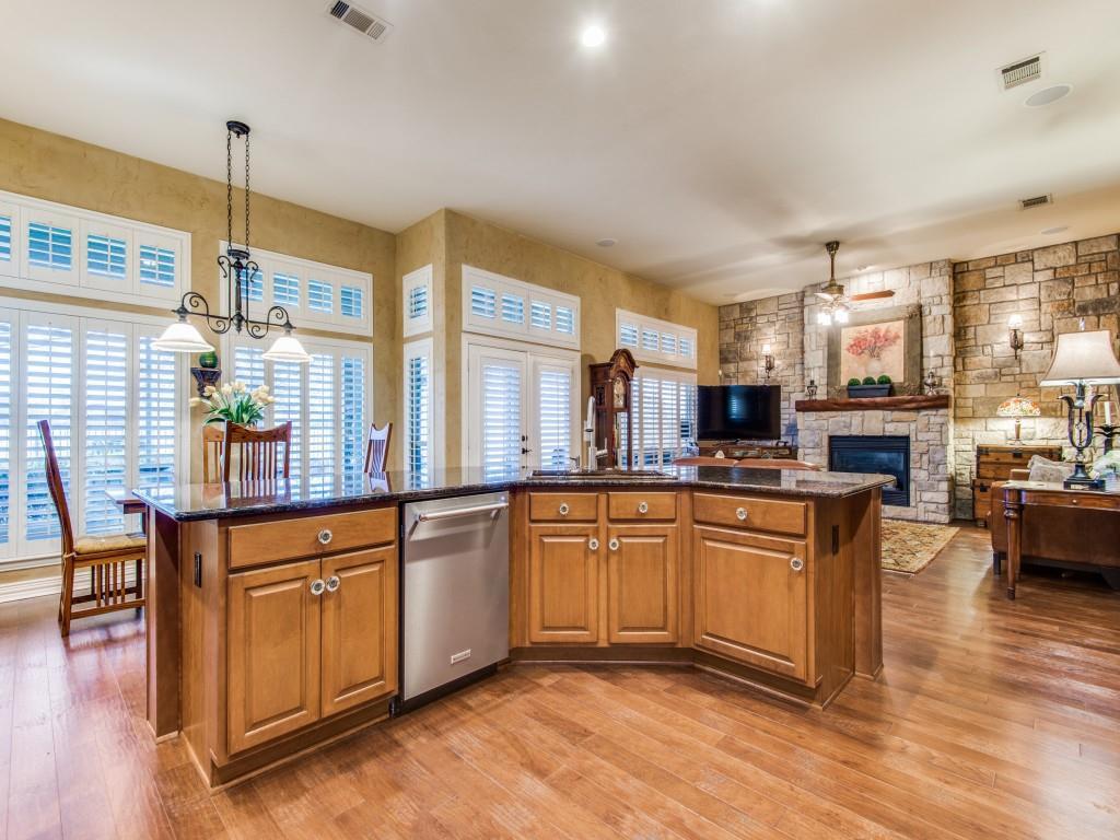 9005 Crestview Drive, Denton, Texas 76207 - acquisto real estate best listing agent in the nation shana acquisto estate realtor
