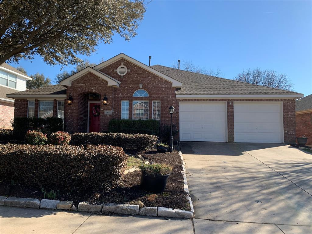 1612 Meadowview Drive, Corinth, Texas 76210 - Acquisto Real Estate best plano realtor mike Shepherd home owners association expert