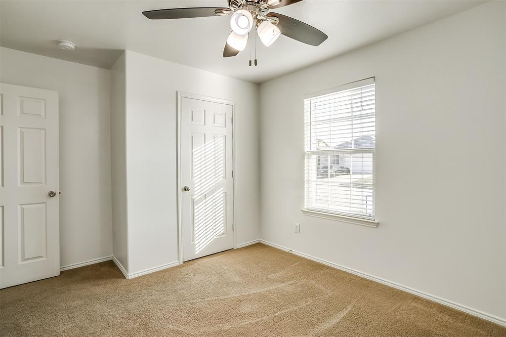 1261 Boxwood Lane, Burleson, Texas 76028 - acquisto real estate best prosper realtor susan cancemi windfarms realtor