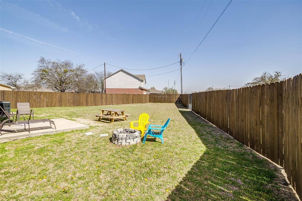 500 Links Drive, Godley, Texas 76044 - acquisto real estate best looking realtor in america shana acquisto