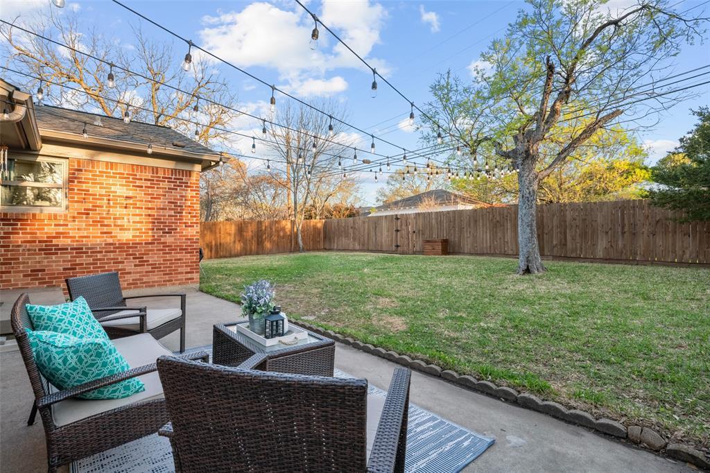 11232 Lanewood Circle, Dallas, Texas 75218 - acquisto real estate mvp award real estate logan lawrence