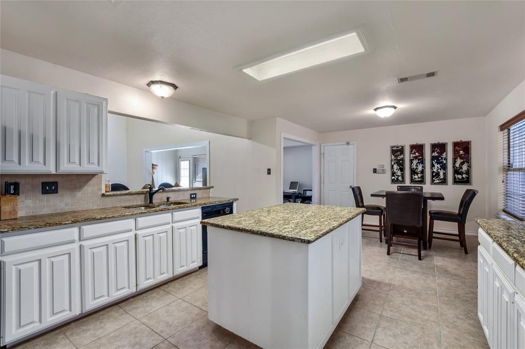 113 Dennis Drive, Cedar Hill, Texas 75104 - acquisto real estate best listing agent in the nation shana acquisto estate realtor