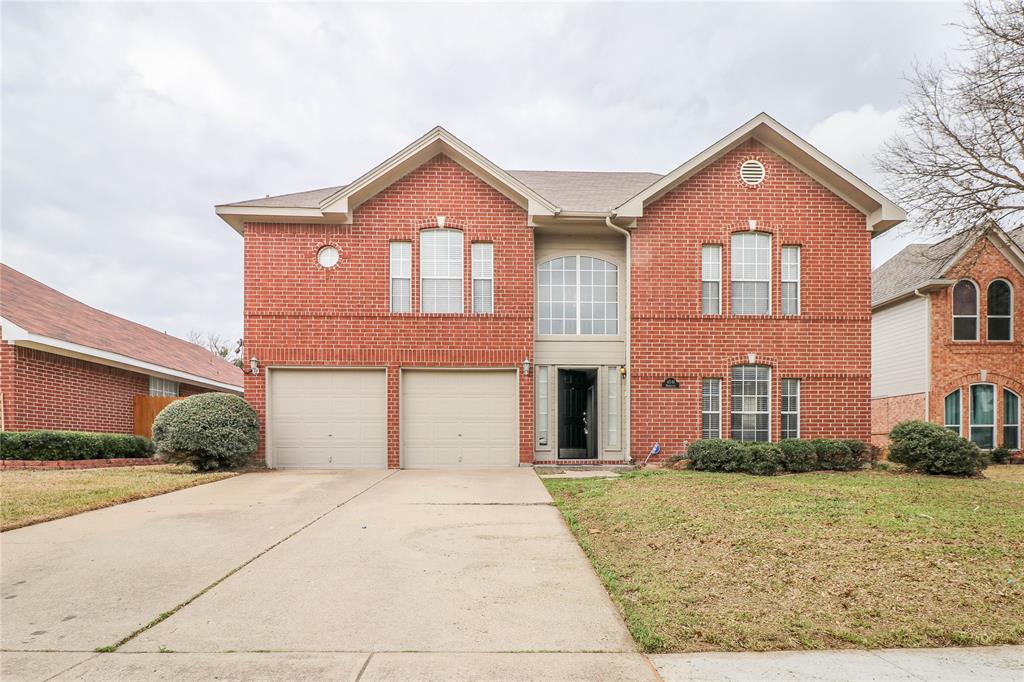 4541 Marblearch Drive, Grand Prairie, Texas 75052 - Acquisto Real Estate best plano realtor mike Shepherd home owners association expert