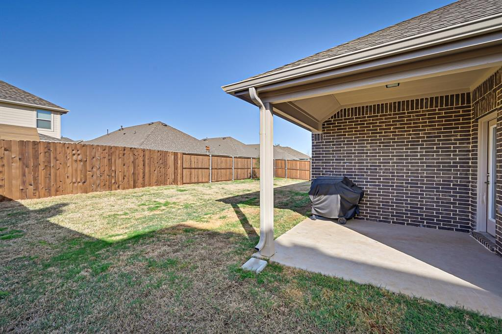 3200 Paxon Drive, Mansfield, Texas 76084 - acquisto real estate best plano real estate agent mike shepherd