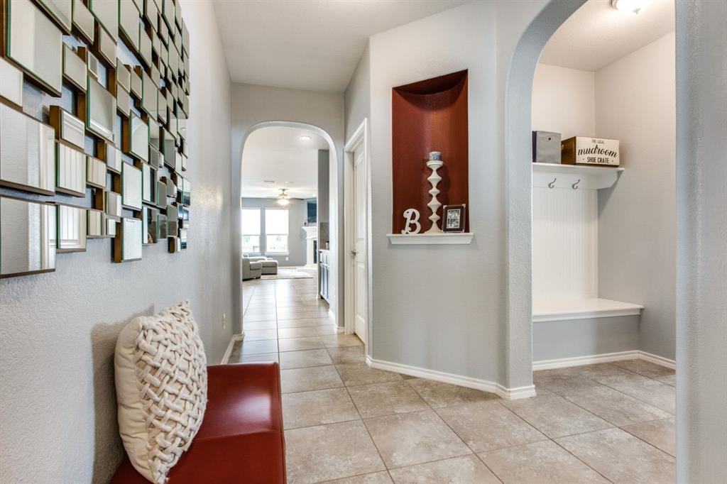 2801 Saddle Creek Drive, Fort Worth, Texas 76177 - acquisto real estate best the colony realtor linda miller the bridges real estate