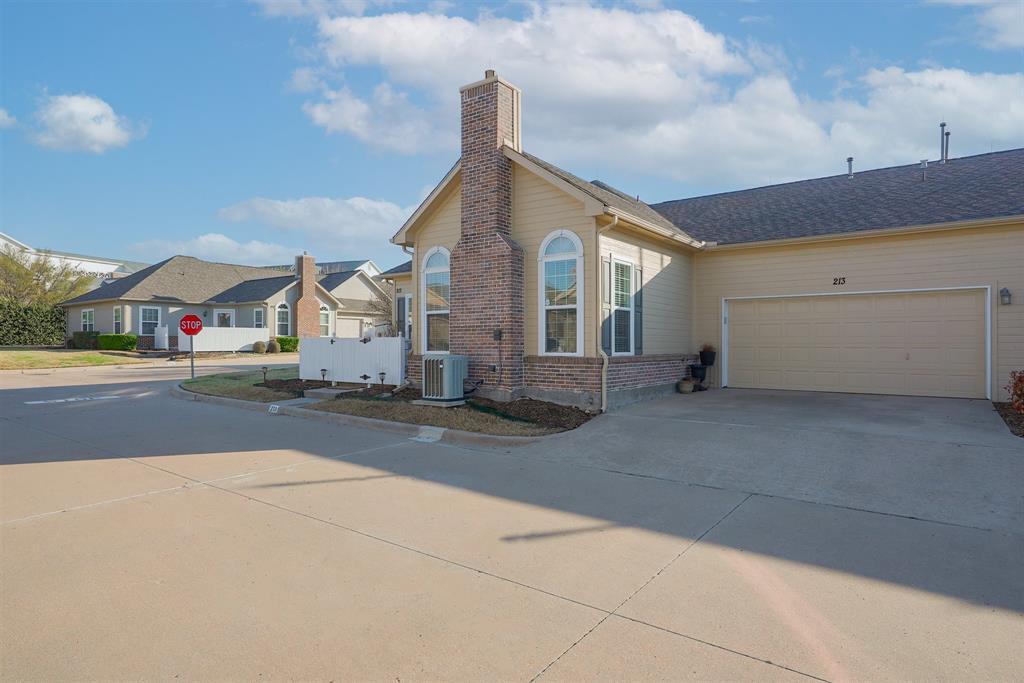 2601 Marsh Lane, Plano, Texas 75093 - acquisto real estate best allen realtor kim miller hunters creek expert