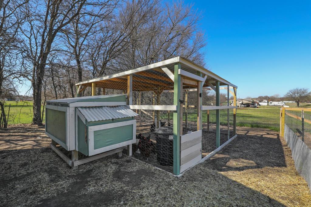 166 Blue Sky Lane, Springtown, Texas 76082 - acquisto real estate best looking realtor in america shana acquisto