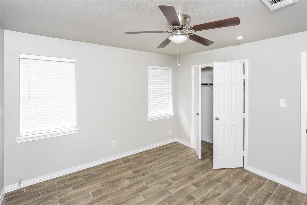 2315 Quinto Drive, Dallas, Texas 75227 - acquisto real estate best celina realtor logan lawrence best dressed realtor