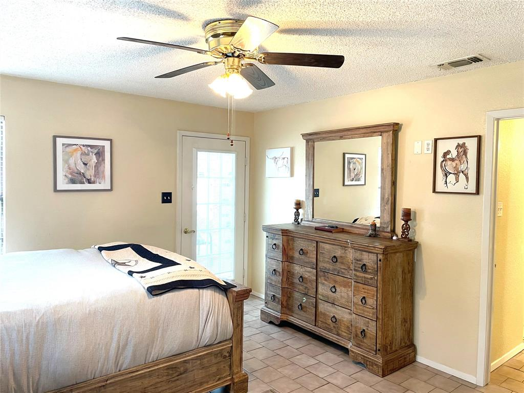 9657 Lea Shore Street, Fort Worth, Texas 76179 - acquisto real estate best designer and realtor hannah ewing kind realtor