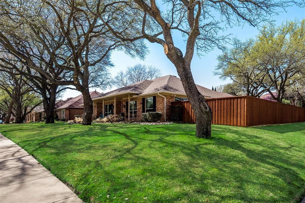 1100 Yorkshire  Drive, Carrollton, Texas 75007 - acquisto real estate best the colony realtor linda miller the bridges real estate