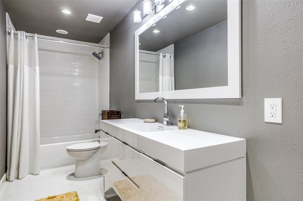 8474 Swift  Avenue, Dallas, Texas 75228 - acquisto real estate best realtor westlake susan cancemi kind realtor of the year