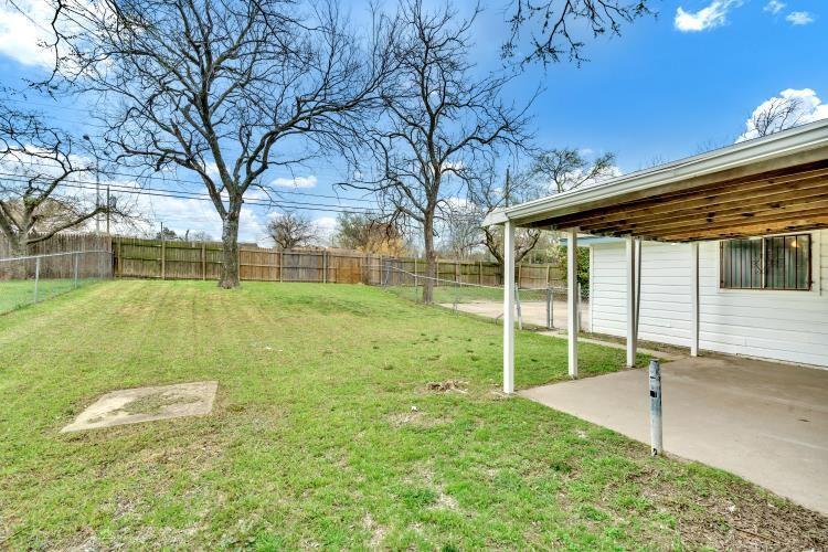 914 Highfall Drive, Dallas, Texas 75232 - acquisto real estate best realtor dfw jody daley liberty high school realtor