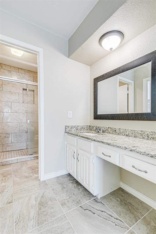 2109 Via Estrada Carrollton, Texas 75006 - acquisto real estate agent of the year mike shepherd