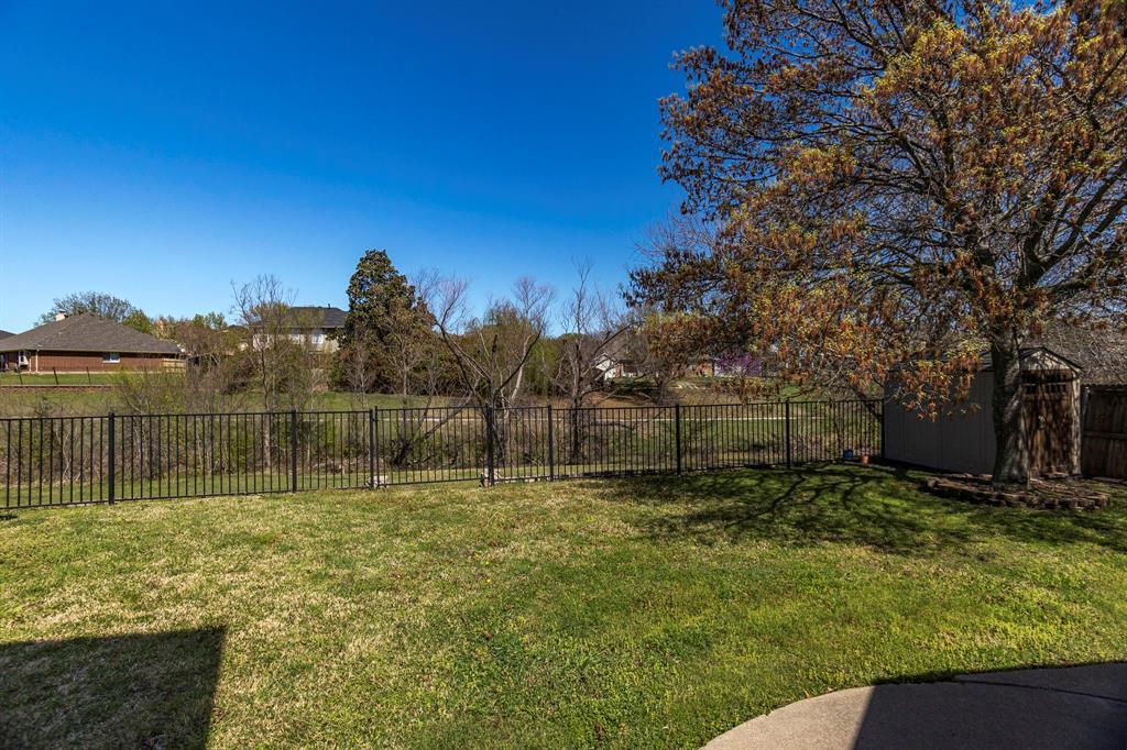 2304 Field Lane, Mansfield, Texas 76063 - acquisto real estate best realtor foreclosure real estate mike shepeherd walnut grove realtor