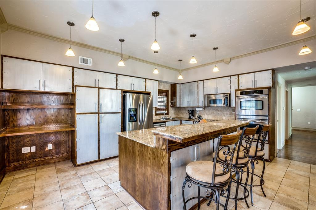 4612 Live Oak Street, Dallas, Texas 75204 - acquisto real estate best real estate company to work for