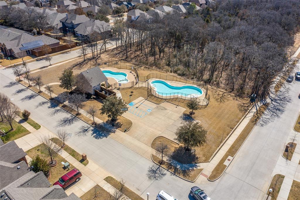 4021 Roxbury Street, Denton, Texas 76210 - acquisto real estate best frisco real estate agent amy gasperini panther creek realtor