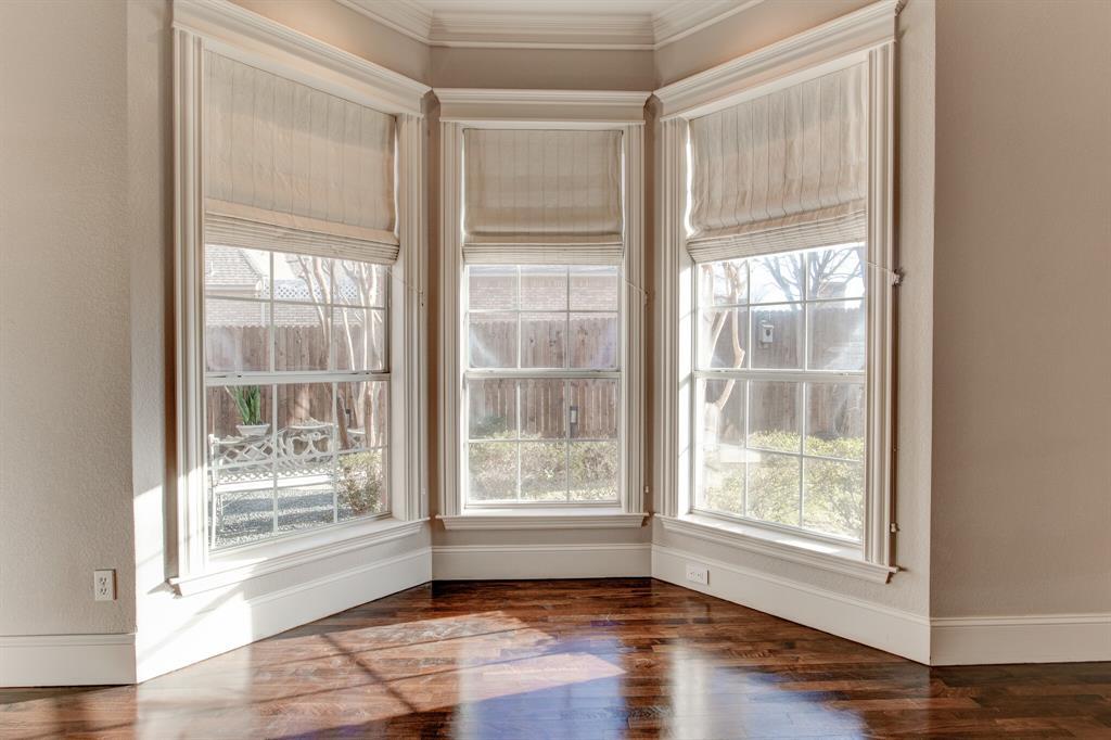 4700 Village Oak Drive, Arlington, Texas 76017 - acquisto real estate best realtor dfw jody daley liberty high school realtor