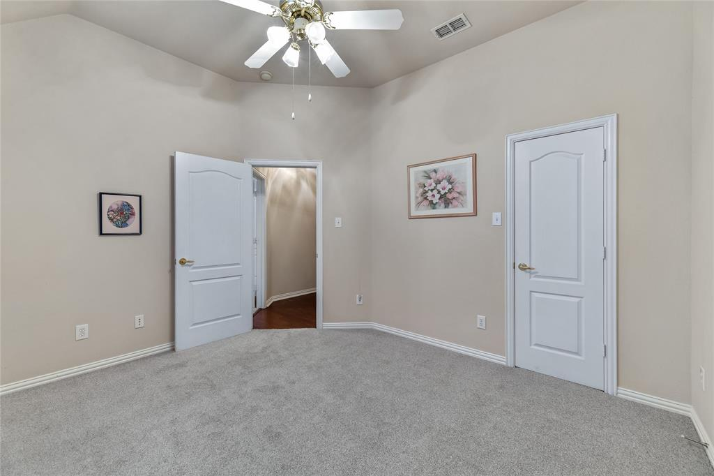 2117 Woodview Drive, Flower Mound, Texas 75028 - acquisto real estate best park cities realtor kim miller best staging agent
