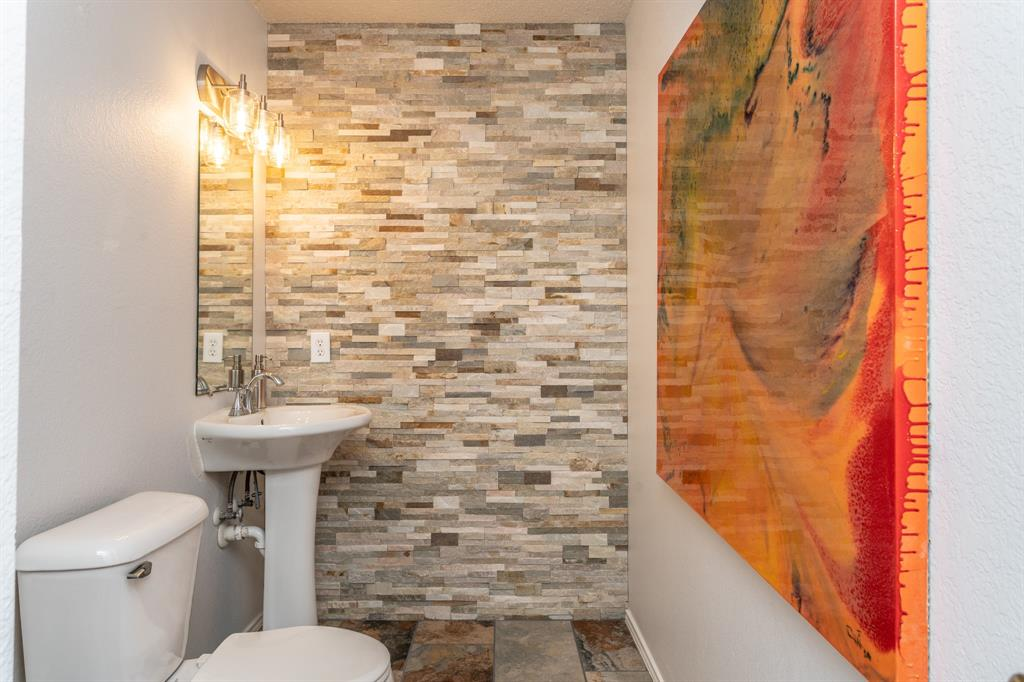 1401 Daisy Drive, Lancaster, Texas 75134 - acquisto real estate best designer and realtor hannah ewing kind realtor