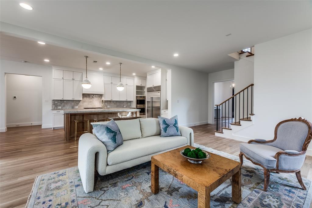 5331 Emerson Avenue, Dallas, Texas 75209 - acquisto real estate best highland park realtor amy gasperini fast real estate service