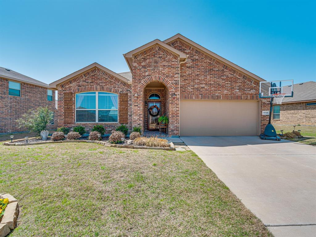 1725 Cross Creek Lane, Cleburne, Texas 76033 - Acquisto Real Estate best plano realtor mike Shepherd home owners association expert