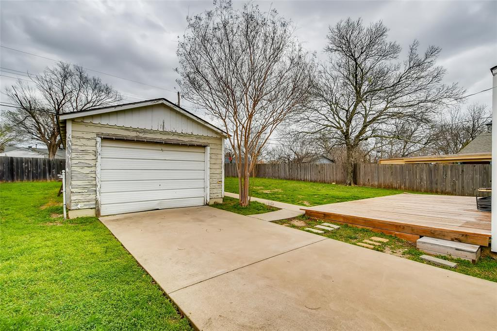 5025 Royal Drive, Fort Worth, Texas 76116 - acquisto real estate best photo company frisco 3d listings