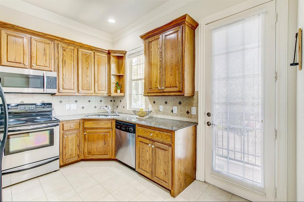 5800 La Vista Drive, Dallas, Texas 75206 - acquisto real estate best listing listing agent in texas shana acquisto rich person realtor