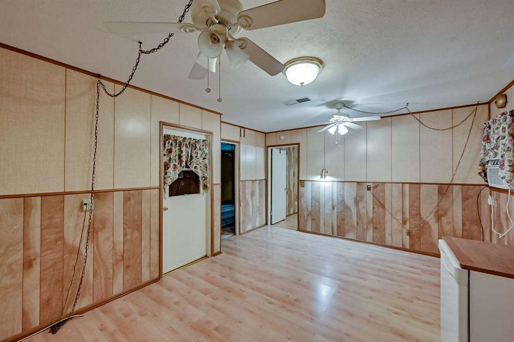 409 Kimbrough Street, White Settlement, Texas 76108 - acquisto real estate best highland park realtor amy gasperini fast real estate service
