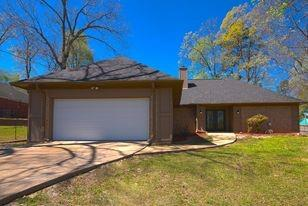 6989 Raine Road, Tyler, Texas 75708 - Acquisto Real Estate best plano realtor mike Shepherd home owners association expert
