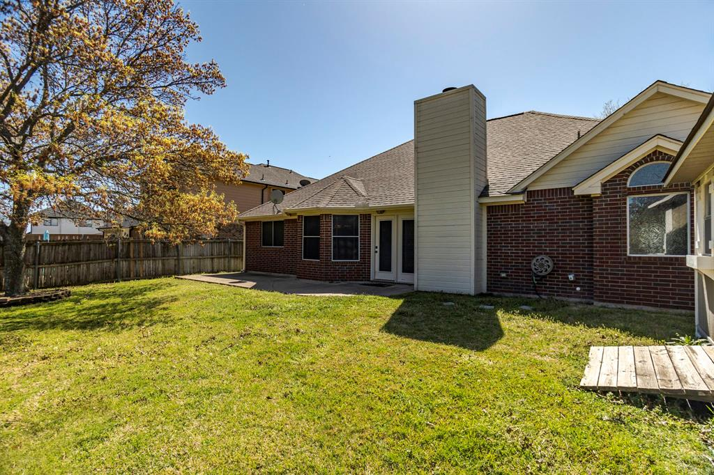 2304 Field Lane, Mansfield, Texas 76063 - acquisto real estate best frisco real estate agent amy gasperini panther creek realtor