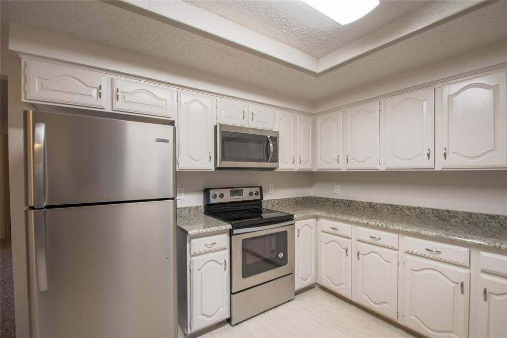 2105 Cologne Drive, Carrollton, Texas 75007 - acquisto real estate best investor home specialist mike shepherd relocation expert