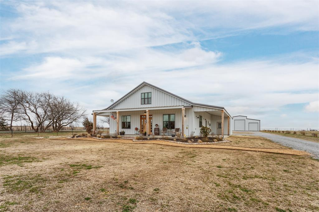 1266 Jc Maples Road, Gunter, Texas 75058 - acquisto real estate best investor home specialist mike shepherd relocation expert