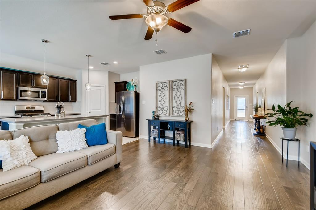 9245 Flying Eagle  Lane, Fort Worth, Texas 76131 - acquisto real estate best highland park realtor amy gasperini fast real estate service