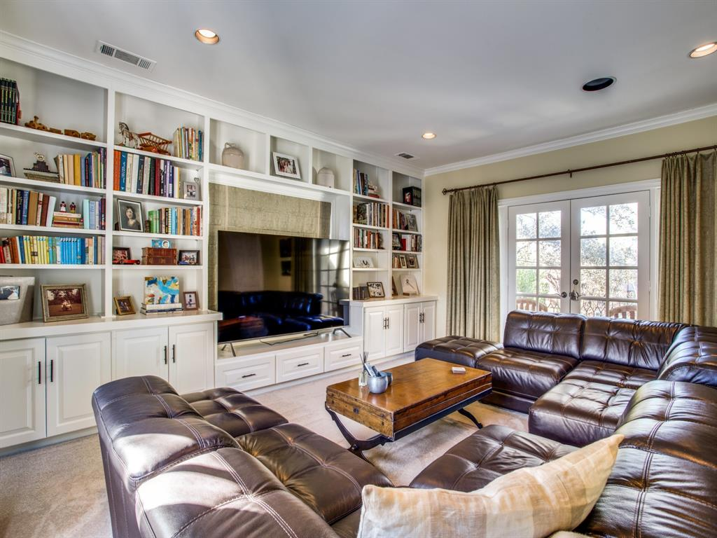 3821 Potomac  Avenue, Highland Park, Texas 75205 - acquisto real estate best frisco real estate broker in texas for high net worth buyers