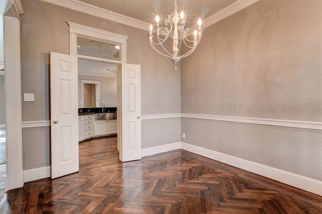 4700 Village Oak Drive, Arlington, Texas 76017 - acquisto real estate best real estate company to work for