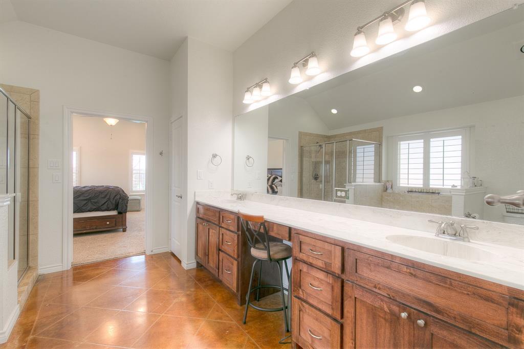 1510 JOSHUA WAY  Granbury, Texas 76048 - acquisto real estate best negotiating realtor linda miller declutter realtor
