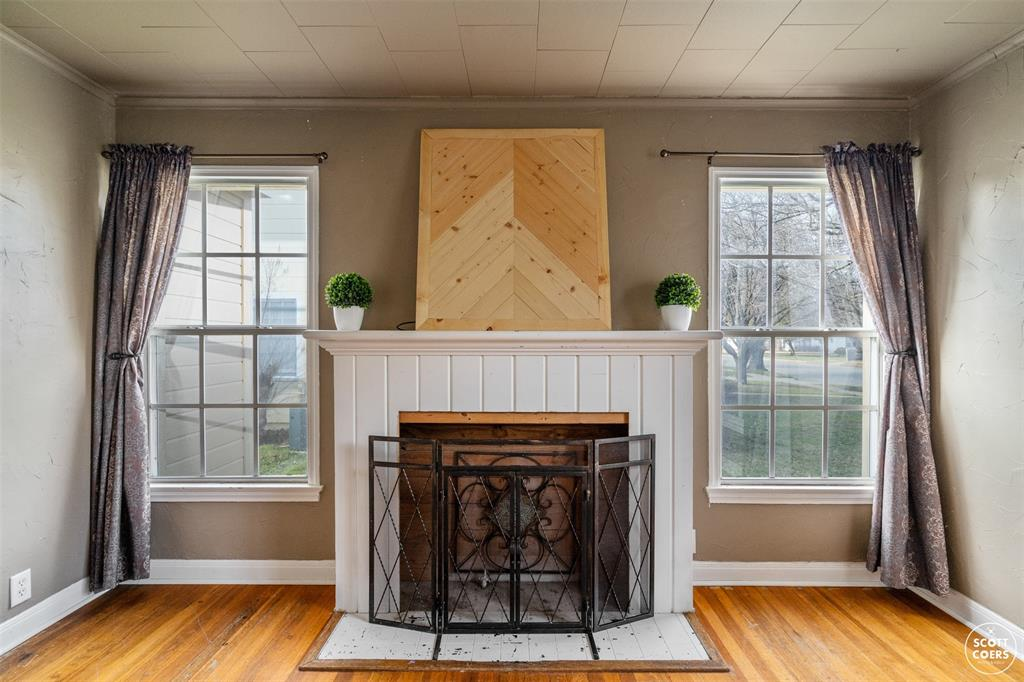 2313 1st  Street, Brownwood, Texas 76801 - acquisto real estate best celina realtor logan lawrence best dressed realtor