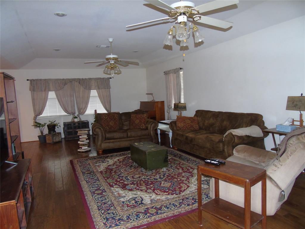 768 Sadler Road, Whitesboro, Texas 76273 - acquisto real estate best new home sales realtor linda miller executor real estate