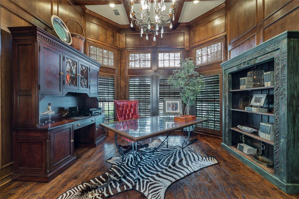 2405 Colonial Drive, Plano, Texas 75093 - acquisto real estate best real estate company to work for