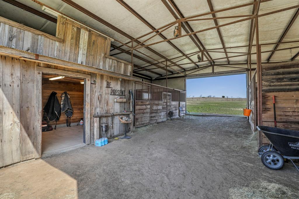 206 Beaudelaire Drive, Weatherford, Texas 76087 - acquisto real estate best listing photos hannah ewing mckinney real estate expert