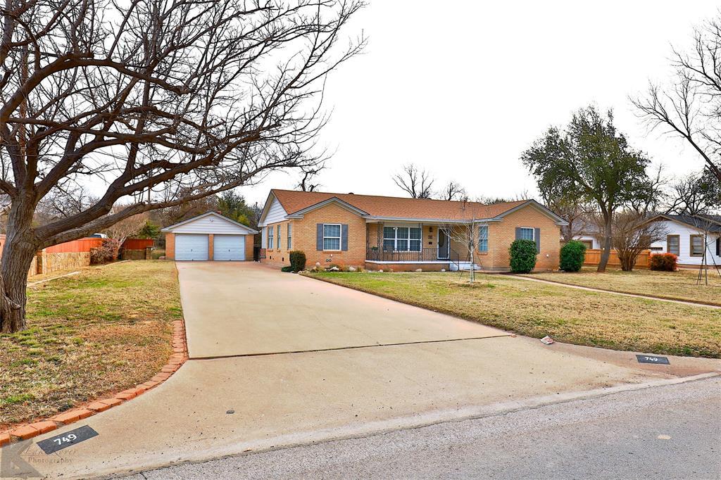 749 Leggett Drive, Abilene, Texas 79605 - Acquisto Real Estate best plano realtor mike Shepherd home owners association expert