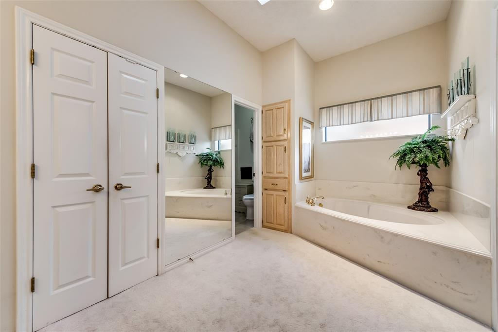 810 Turnberry Drive, Mansfield, Texas 76063 - acquisto real estaet best boutique real estate firm in texas for high net worth sellers